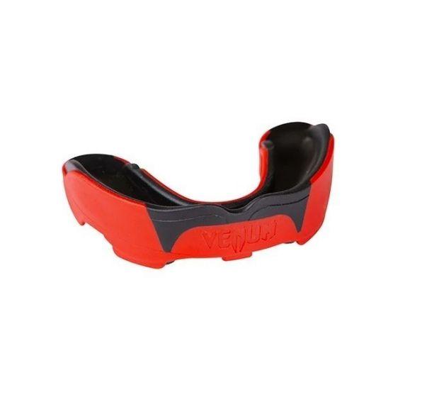 Капа для бокса Venum Predator BO-5491 (возраст 11+) красная
